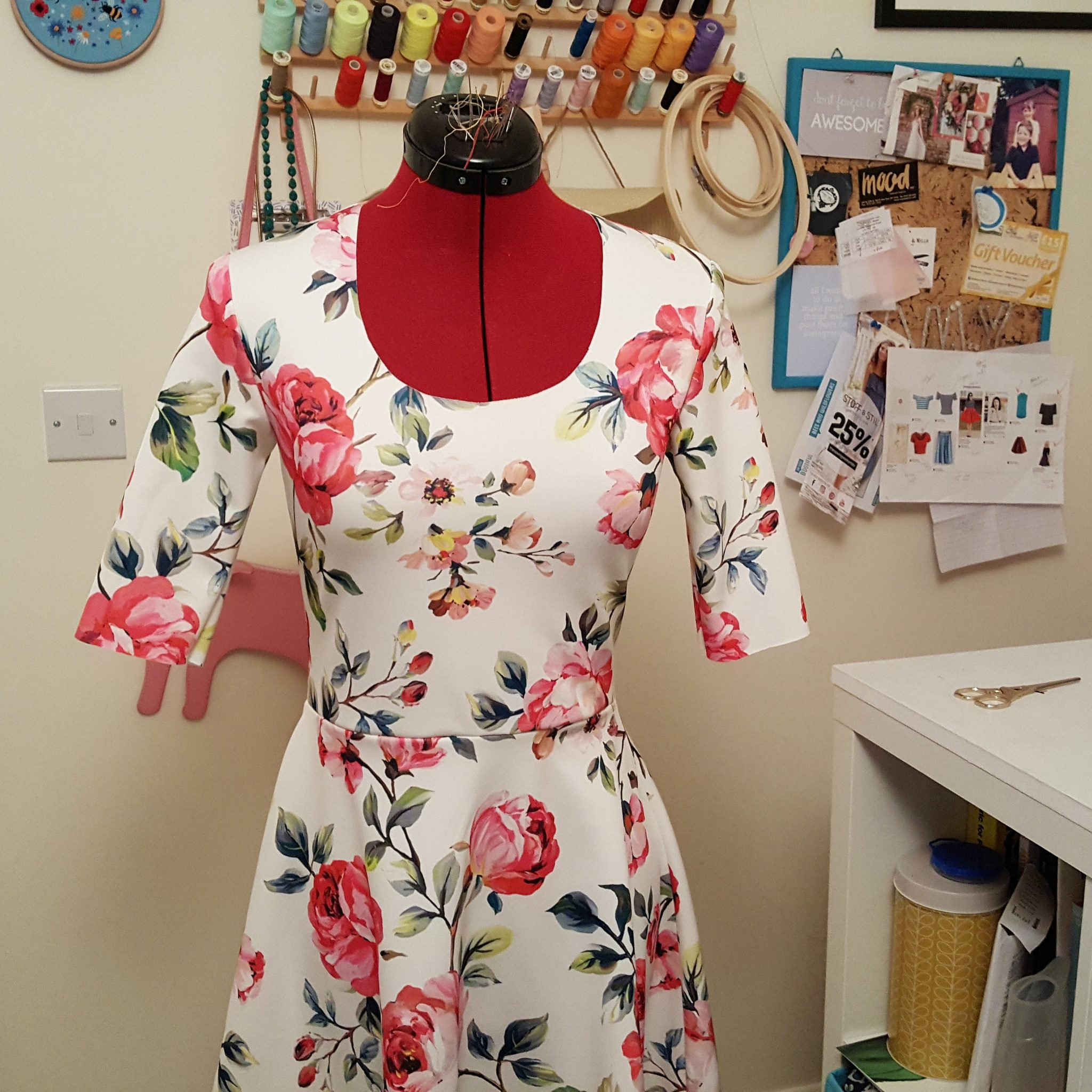 tips for sewing with scuba fabric